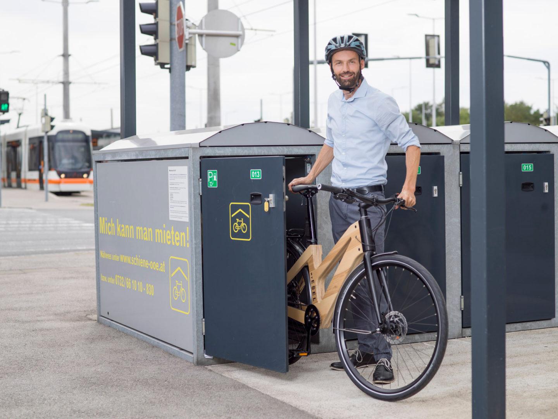 Rad in Radboxen sicher abstellen!